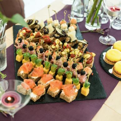 Verwonderlijk Hapjes Catering - Borrelhapjes | HapjesAanHuis JP-86